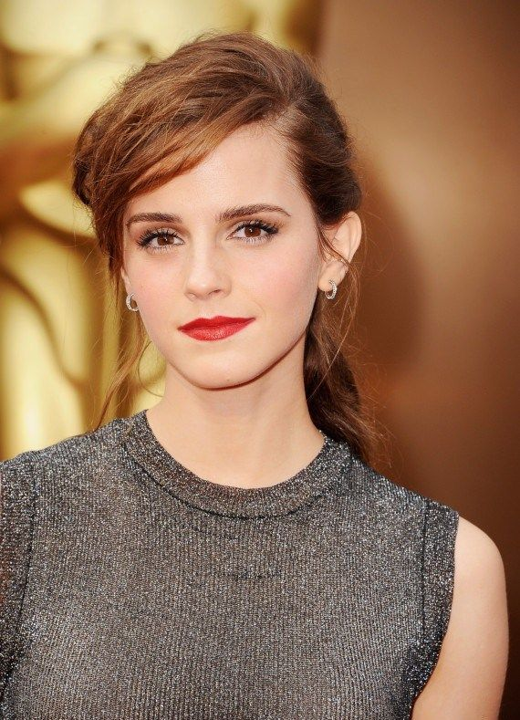 Emma Watson Height, Weight, Bra Size Body Measurements