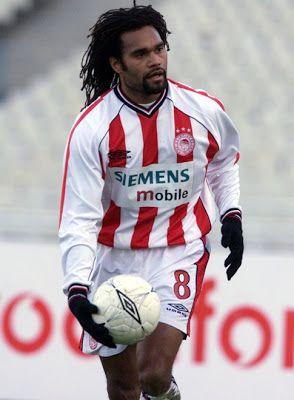 Karembeu Christian Lali. Lifou. New Caledonia. (1970). Μέσος. Από το 2001-2004. (88 συμμετοχές 5 goals).