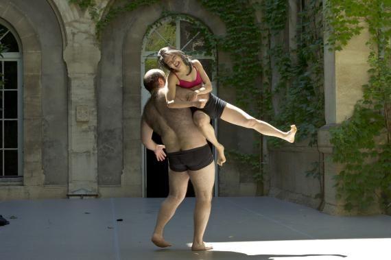 Sujets à vif A à Avignon – Dansercanalhistorique