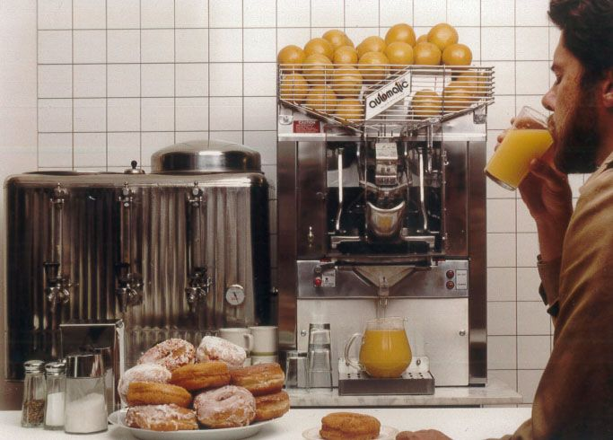 Classic Photo Of Our W46 Automatic ® Orange Juicer. Can Squeeze Up To 20  Oranges