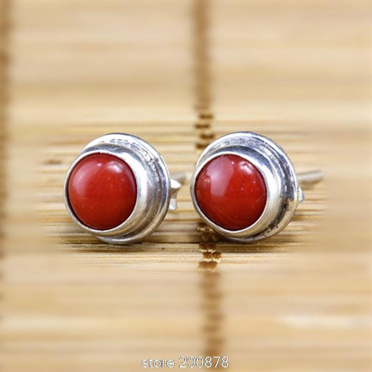 T9145 Nepal Handmade 925 Sterling Silver Inlaid Natural Coral Lovely Earrings,Nepal vintage jewelry,vintage gift for lady www.bernysjewels.com #bernysjewels #jewels #jewelry #nice #bags