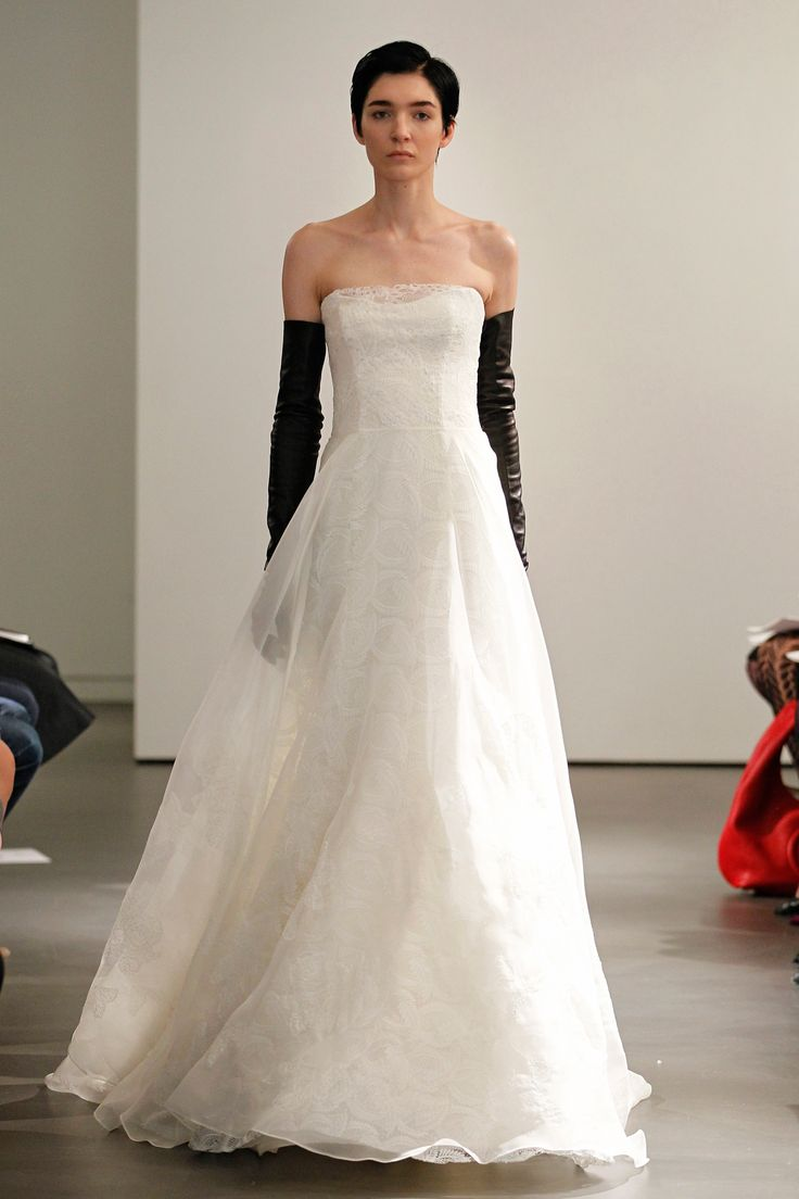 17 best Vera Wang Bride Wedding Dresses 2014 images on Pinterest
