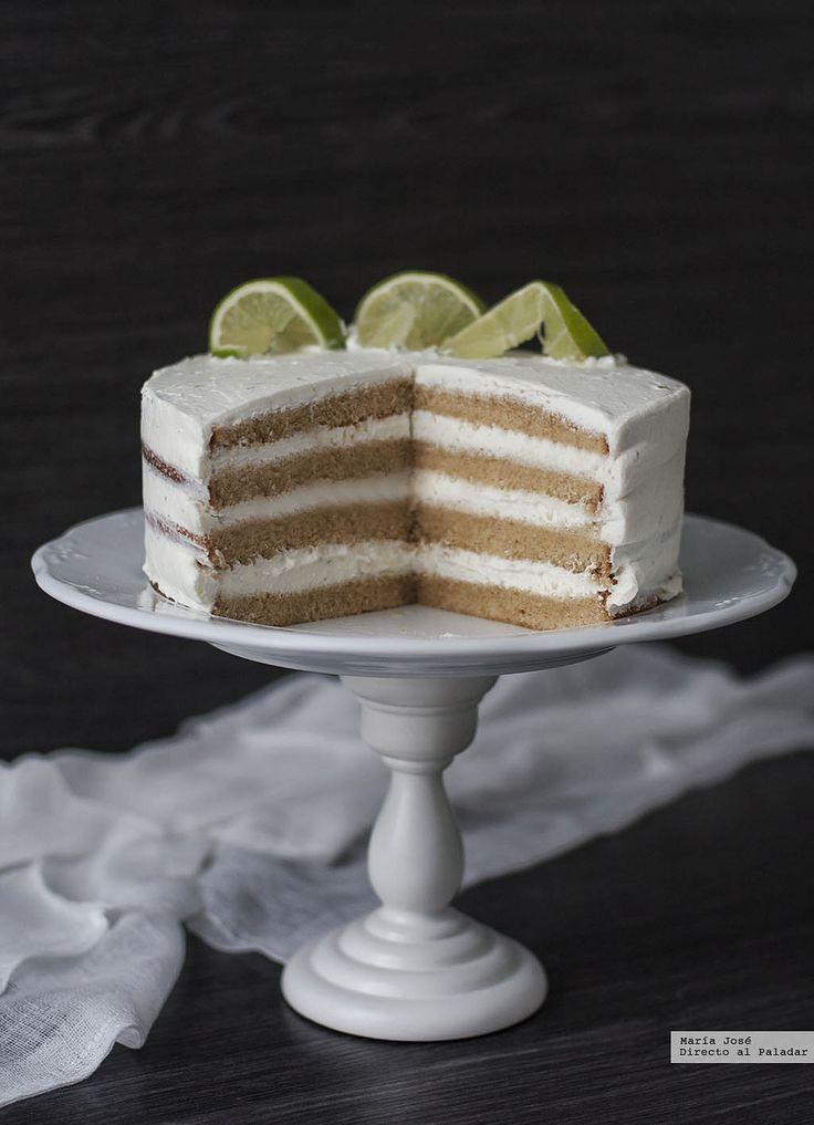 Te explicamos paso a paso, de manera sencilla, la elaboración del postre Tarta de mojito. Ingredientes, tiempo de elaboración