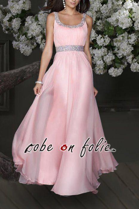 """Très belle robe de soiree longue """"CORALIA"""" en mousseline rose pâle avec col pailleté."""