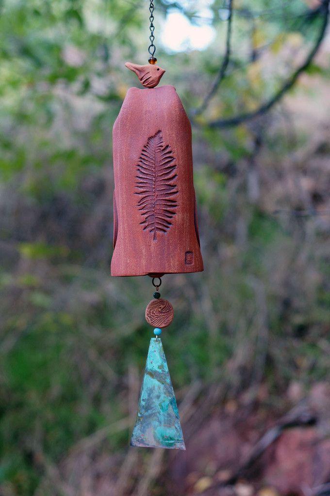 Wind Chime Garden Bell with Leaf Pattern, Patina Copper Wind Sail with Bird Sculpture Garden Art - Rustic Garden Decor