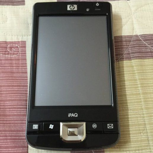 [HN] Khủng long bạo chúa 1 thời Pocket PC: HP iPAQ 214