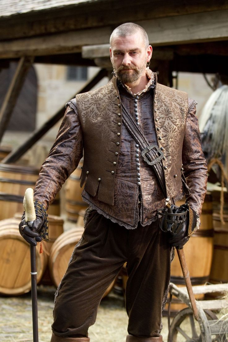 Ray Stevenson as Porthos in THE THREE MUSKETEERS (2011)
