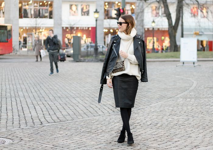 How To Layer Your Chunky Sweater Like A Style Blogger via @WhoWhatWearUK