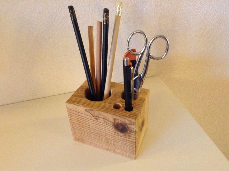 Porta canetas em madeira de Pinho