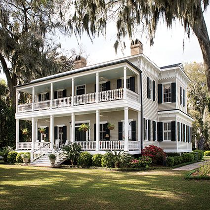 "How one couple transformed a forlorn Savannah cottage into a relaxed family home … ""We're more interested in the memories than the house—it just happens that it's a great house to create them in."""