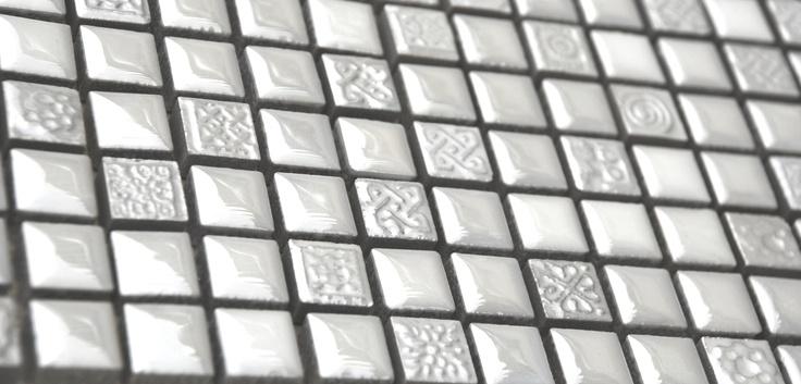 backsplash with mosaic cera