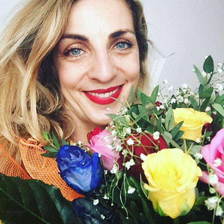 #ElenaDiCioccio Elena Di Cioccio: Che bello ricevere i bigliettini di auguri, le piantine, i fiori, i messaggi .... Il compleanno è proprio un giorno speciale ❤️. E sono 41 !!! #compleanno #birthday #❤ #felicità #joy #love #gioia #nammyohorengekyo #gratitude #gratitudineinfinita
