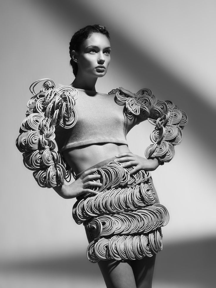 Artistic Fashion - crop top & skirt with 3D embellishments; sculptural fashion // Derek Lawlor S/S 2010
