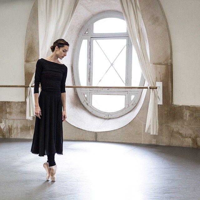 strechanadi: Dorothée Gilbert photo: James Bort. ✯ Ballet beautie, sur les pointes ! ✯