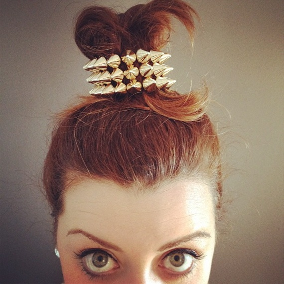 Top knot + gold spikes.