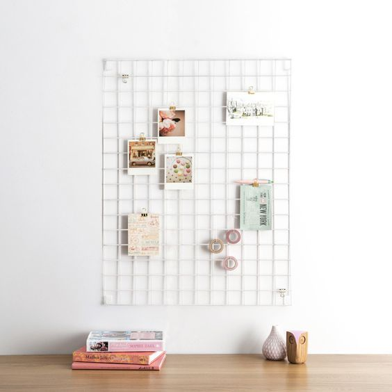 Wire Mesh Display Grid . Large - White