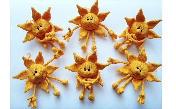 Вязаное солнце — это и игрушка и сувенир, например на Масленицу. Схема вязания крючком