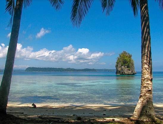 Togean Island, Sulawesi, Indonesia, Kadidiri Island, Black Marlin Resort