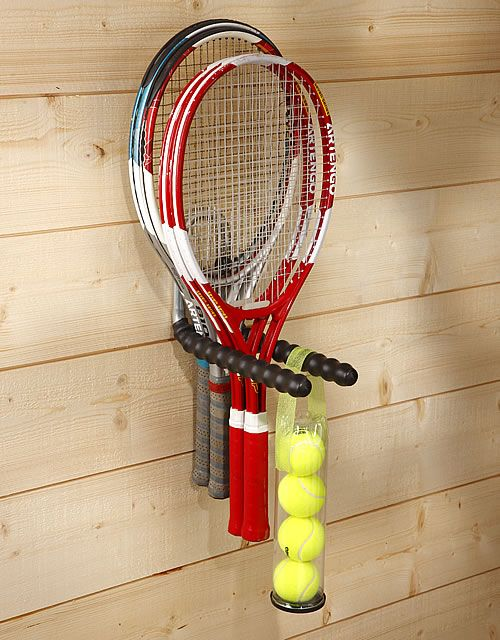Double storage hook for the garage for storing your tennis and badminton rackets and balls.