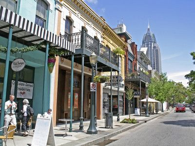 8 Reasons Mobile, Alabama is a Must-Stop Southern Spot | SouthernLiving