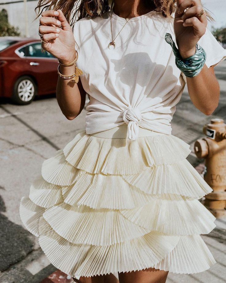 Skirt | Summer | White | Outfit | More on Fashionchick.nl