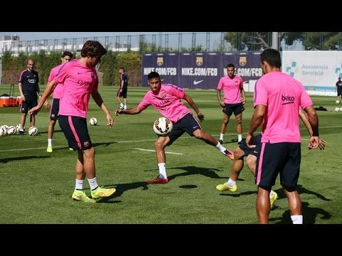 Training session (28/08/2014). Neymar Jr rejoins squad for training