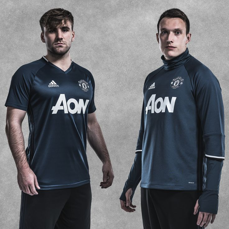 Get kitted out in @manutd's 2016/17 training range, just like Luke Shaw and Phil Jones.