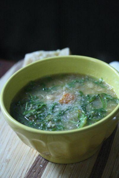 Tuscan Chickpea and Arugula Soup with Parmesan #fallfest