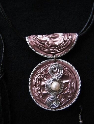 Nespresso jewellery une idée de cadeau pour la fête des mères à l'école ?