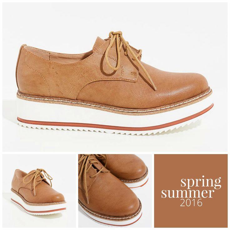 ¡Comienza el mes de #mayo con estos bonitos zapatos cerrados de #estiloinglés! Dan al #look un toque casual y sencillo.  #ExeShoes #ExeShopOnline #ExeShoes #NuevaColeccion