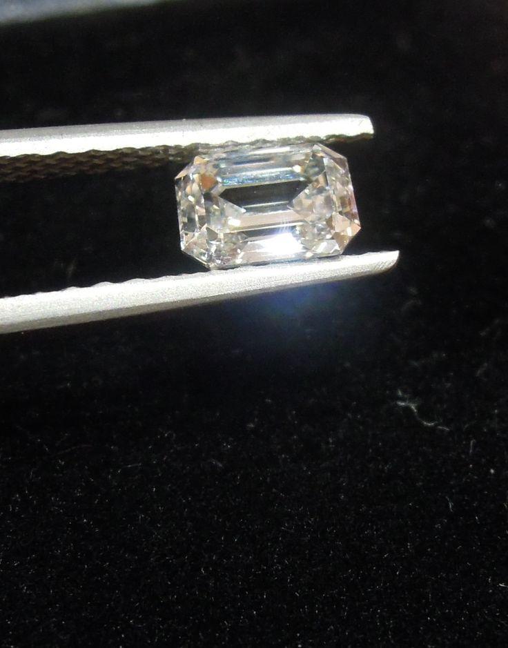 Emerald Cut 1.05carat Colour F Clarity SI2 diamond loose