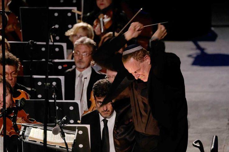 Il coro dell'Arena mette le ali alla IX sinfonia di Beethoven – MICHELE BONGIOVANNI