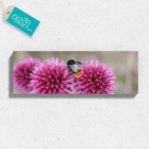 Obraz na płótnie Trzmiel w ogrodzie 120x40 cm fioletowe kwiaty, ogród, trzmiel, lato, wakacje,