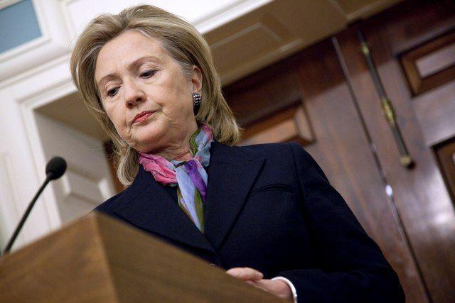 WikiLeaks: Στη δημοσιότητα ομιλίες που έδωσε επί πληρωμή η Κλίντον για την Goldman Sachs: Ο ιστότοπος WikiLeaks δημοσιοποίησε το Σάββατο…