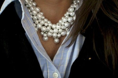 I have pinned before, I just love the necklace and the blues!