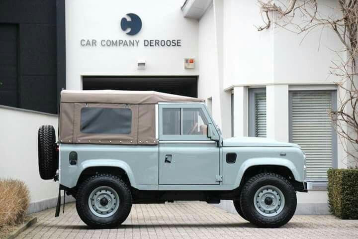 Land Rover Defender 90 Td4 soft top Heritage Ed.