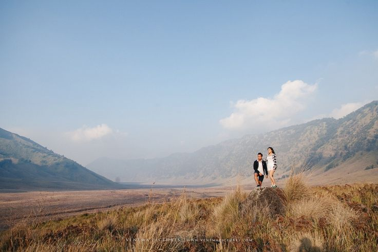 Photography by www.venemapictures.com Bromo Prewedding