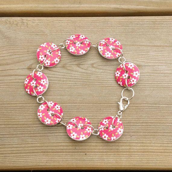 Pink flower button bracelet, button bracelet