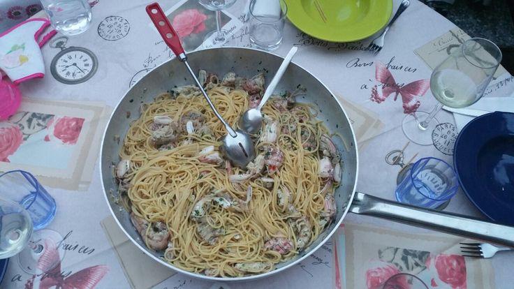 Spaghetti con le cicale. Aggiungere un filo d'olio a crudo prima di servire