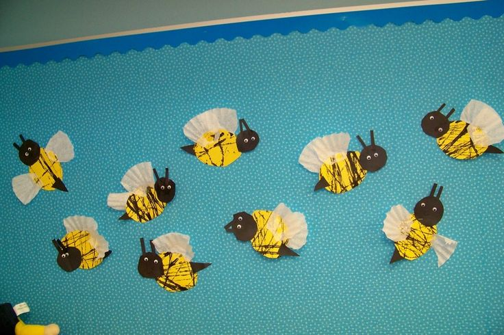 Marble painting and coffee filter Bees
