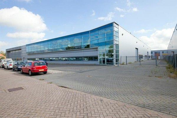Mooie en moderne bedrijfsruimte op een zichtlocatie te huur in Wormerveer. Reageer online en doe vandaag nog een vrijblijvend bod!  https://www.huurbieding.nl/huur/bedrijfsruimte/1-01846/wormerveer/vrijheidweg-37.html  #bedrijfsruimte #bedrijf #wormerveer #NoordHolland #Zaan #Knollendam #Zaanstad #Nederland #Huurbieding #tehuur #huren #ondernemer #gezocht
