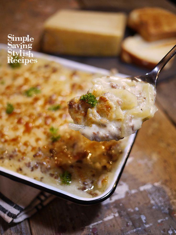 簡単!ジャガイモとひき肉のクリームグラタン by SHIMA / チーズを使った代表的お料理と言えばグラタン芳醇な香り最高のパルミジャーノレッジャーノをつかっていつもよりランクUP!ご家庭での常備材料のジャガイモ、玉ねぎ、ひき肉がとっても美味しく大変身調理で火が通っているのでトースターで焦げ目をつけるだけ!お手軽でランクUPなグラタンです / Nadia