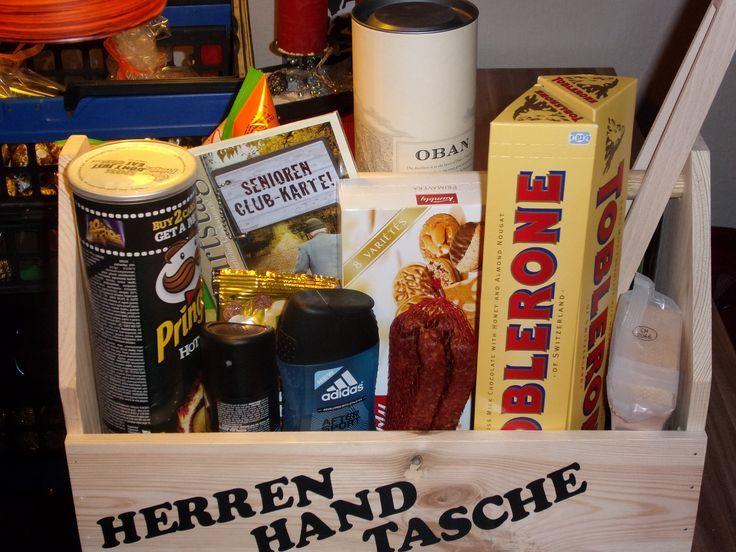 """Die """"Herren-Handtasche"""" mal ohne Bier. – Fräulein Luna"""