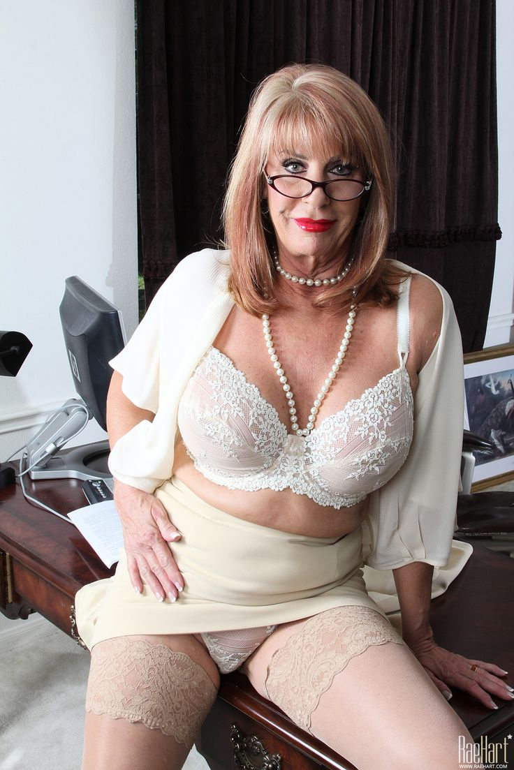 from Ari tranny grannies free galleries