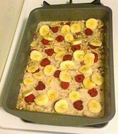 Broke and Bougie: Breakfast for the Week: Clean Eating Berry Banana Oatmeal Bake