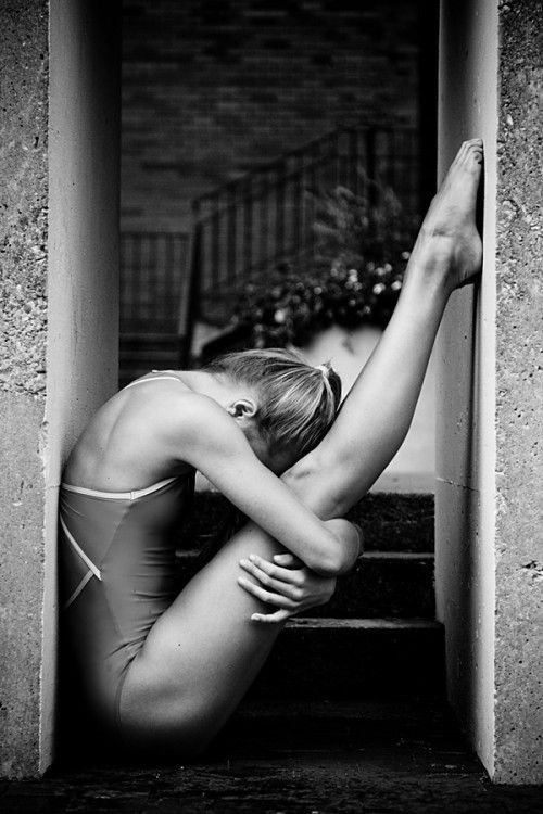 : Dance Photography, Fit, Ballet Dancers, Ballerinas, Art, Beautiful, Vihao Pham, Ballet Photography, Flexibility