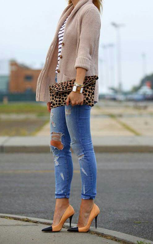 Love the sweater and leopard print
