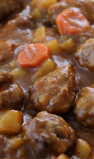 Hearty Meatball Stew - a great economical weeknight dinner!