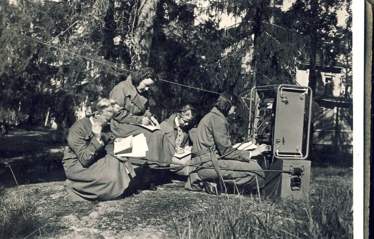 "Maavoimat Lotta Svard Signals personnel operating a ""B-Radio"" – Summer 1940... the Lotta Svard volunteers made a substantial contribution to the Maavoimat's combat strength, freeing up enough men to form an additional 3 Regimental Battle Groups, Finland"