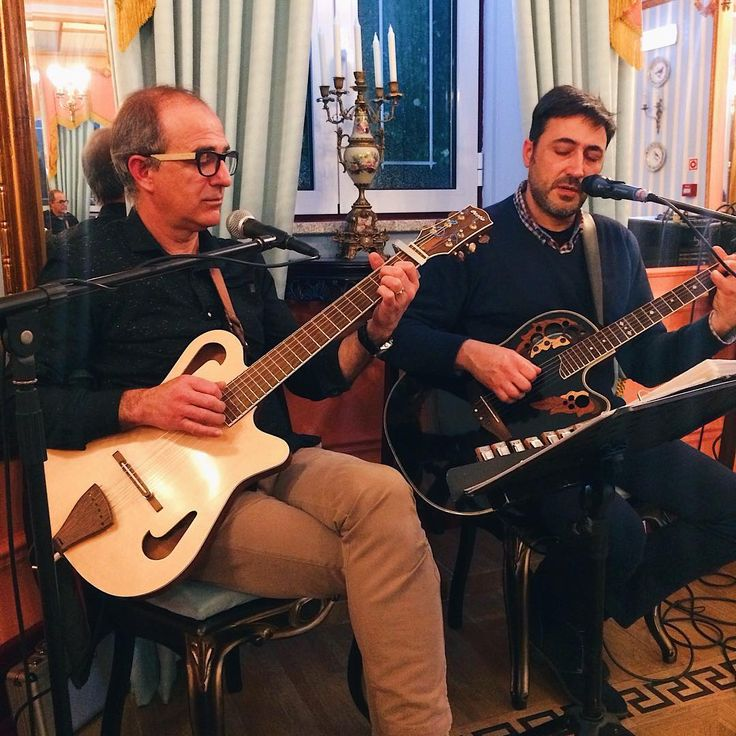 Live music last Saturday night 🎶 #musicaaovivo #muskfolk #folk #saladejogos #stroganovhotel #oliveiradohospital #coimbra #portugaldenorteasul #portugalcomefeitos #visitportugal